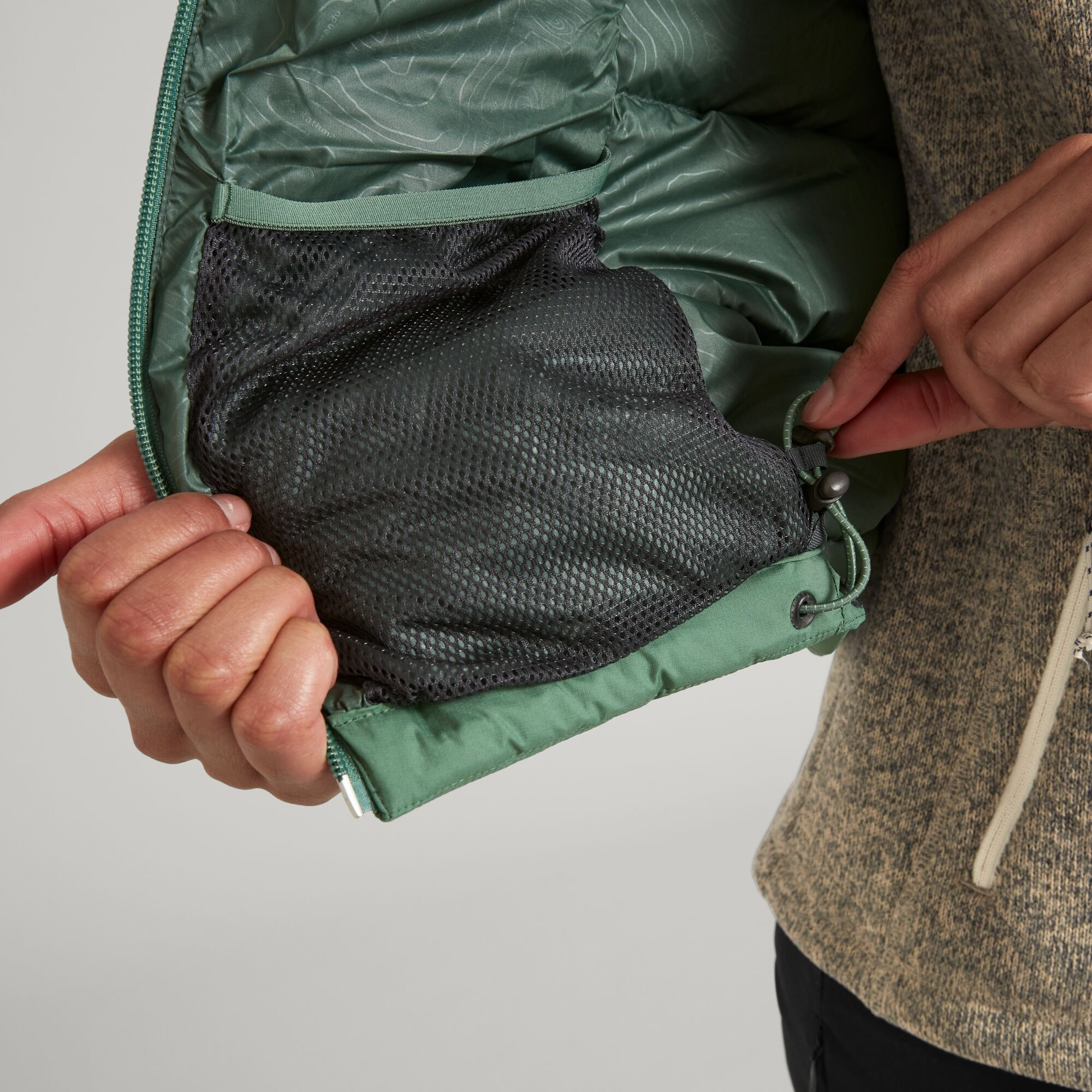 thumbnail 44 - NEW Kathmandu Epiq Womens Hooded Down Puffer 600 Fill Warm Outdoor Winter Jacket